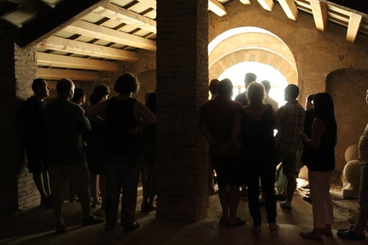 Més d'un centenar de persones van visitar el campanar i sota coberta de l'església Nova